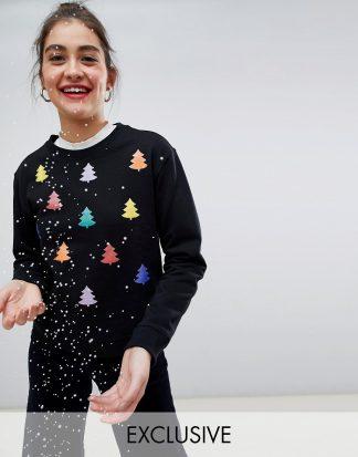 Monki - Svart jultröja med regnbågsfärgad julgran